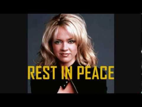 In Memoriam  Lisa Robin Kelly