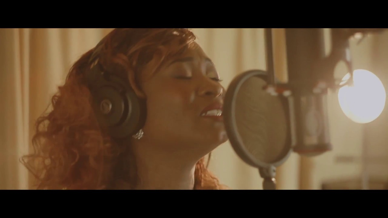 Download Providence Hymne - Jellil & Shirley do Rego ft Providence Louange