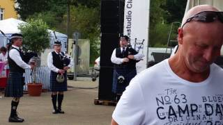 video berlin police pipe band
