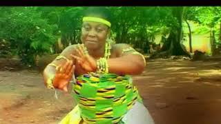 Gambar cover Nana Tabi  - Owuo Annye Adee
