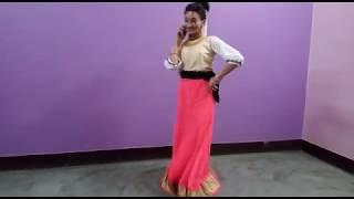Dance on babli tero mobile ~ Bharti Rawat