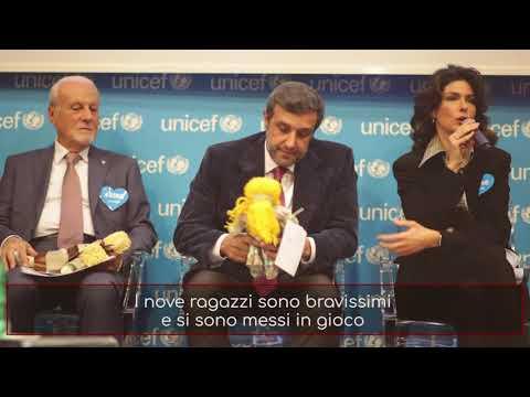 Prodigi, la serata evento di UNICEF su Rai 1 con Flavio Insinna e Anna Valle