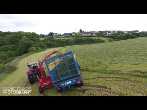 Dont Brake when your on a wet hill! - Silage Fail!