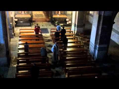 Abadia cisterciense Hauterive completas y salve.mp4
