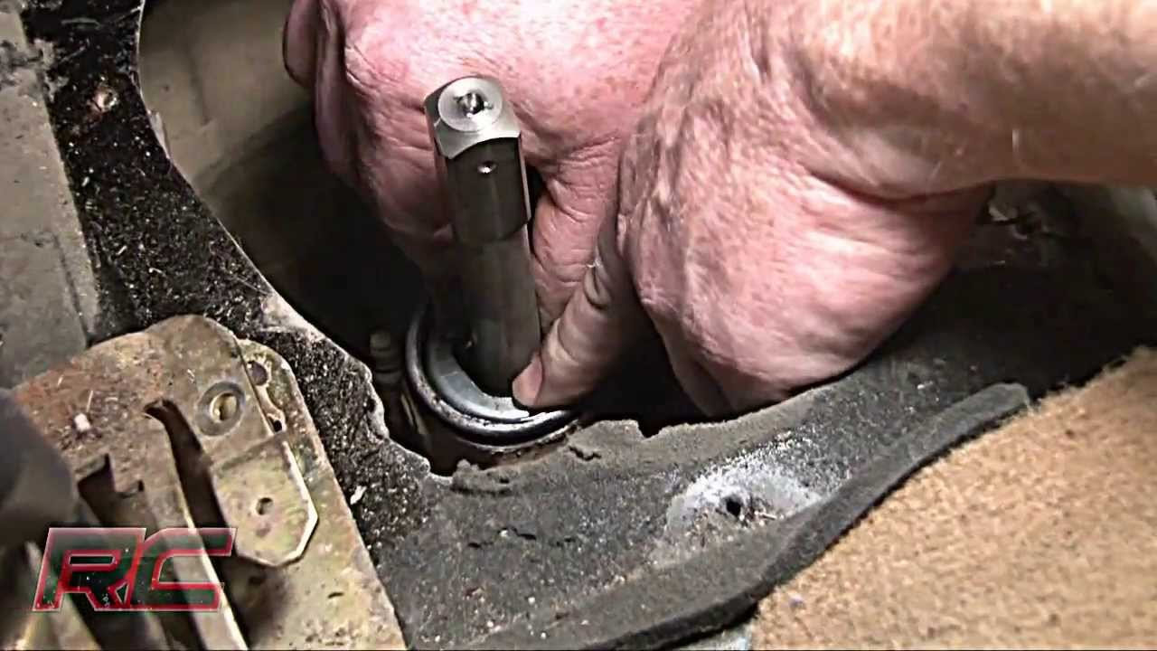 Rough Country's Extended Shifter Jeep Wrangler 97-02 Installation Video