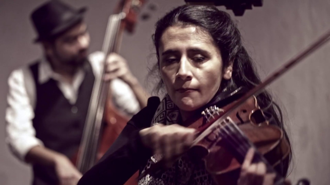 Santiago Klezmer Band Lebedik Un Freylekh Klezmer En Chile Youtube