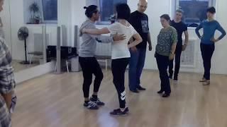 Бачата в Школе танцев Чино - Урок ведения и следования