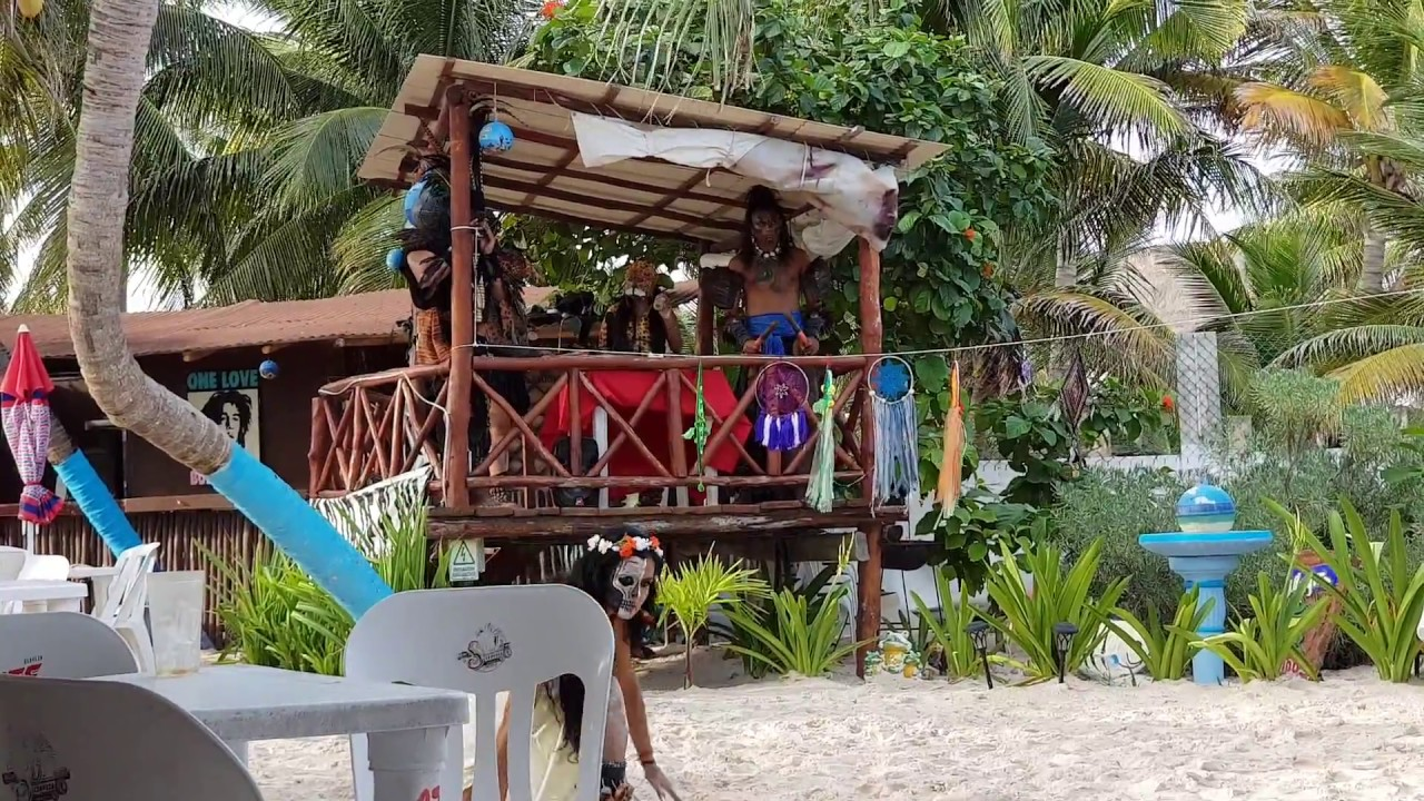 95e3be8d3b48 La Playita Puerto Morelos Seafood Restaurants Maya Music Pre Hispanic Music