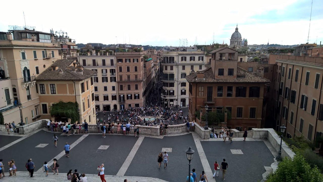 Roma 7 piazza di spagna via del corso parlamento e for Roma parlamento