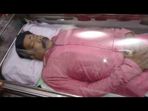 The suspicious death of Kalabhavan Mani | Funeral video