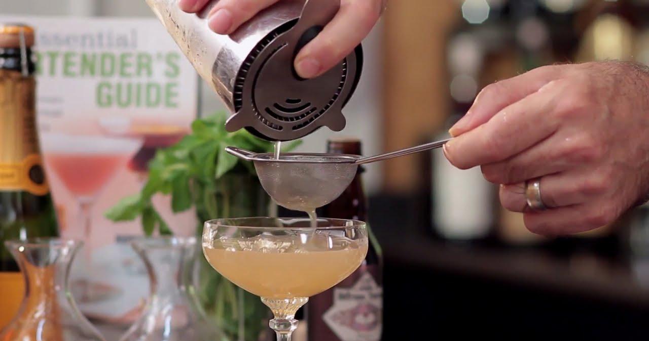 Afbeeldingsresultaat voor cocktail double strainer