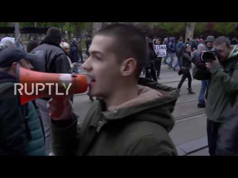 Serbia: 'Protest against dictatorship' continues for a fourth day in Belgrade