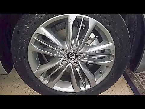 Cleaning EXTREMELY Dirty Alloy Rims Using Baking Soda