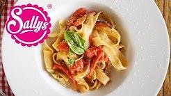 Pasta Peperonata – Fettucine mit cremigem Paprikagemüse / Sallys Welt