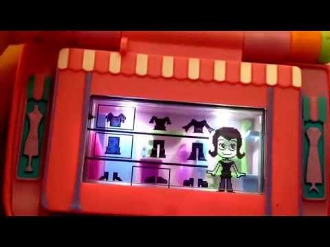 Connecting Pixel Chix House And Mall Together