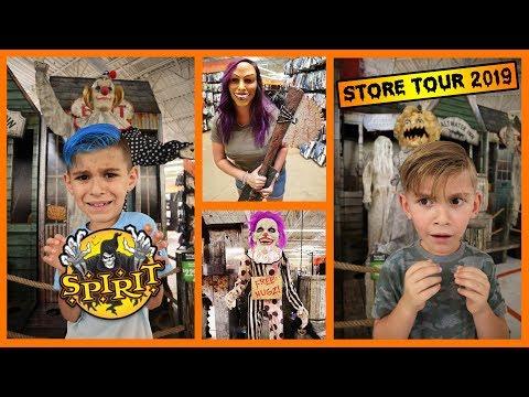Spirit Halloween Store Tour 2019! FUNhouse Family