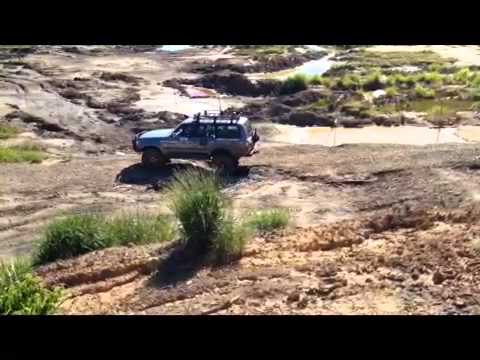 Sepadu 4x4 team Brunei off roading!