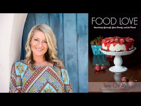 Live Chat: Food, Love, Holidays & Family with Tess Challis