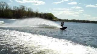 Wakeboarding Wake Jump Wipeout