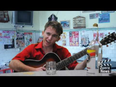 Zuera News - O joão Pé De Cana é o bêbado mais entendido de musica.