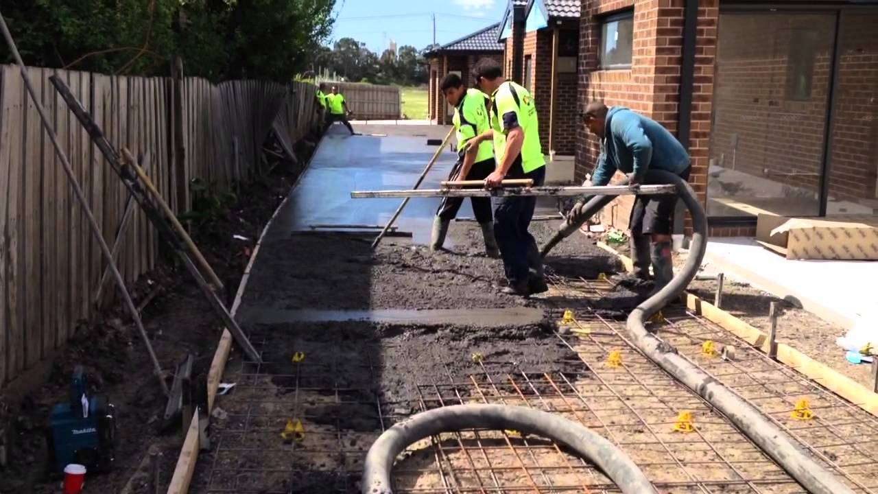 how to pour a concrete driveway youtube. Black Bedroom Furniture Sets. Home Design Ideas