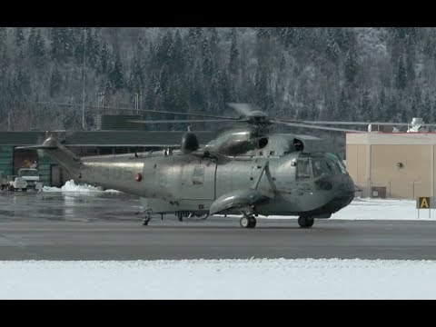 Royal Canadian Air Force Sikorsky CH-124 Sea King Engine Startup and Takeoff