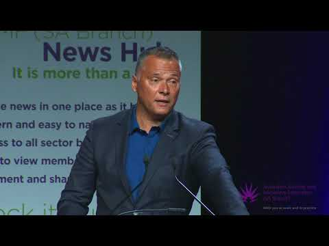 Stan Grant speaking at the 2017 ANMF (SA Branch) Annual Professional Conference