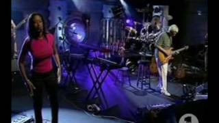 Mike Oldfield - Moonlight Shadow (live in VH1 studio)