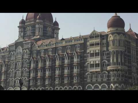 Attractive view of Taj HoTeL & The GaTwAy of INDIA
