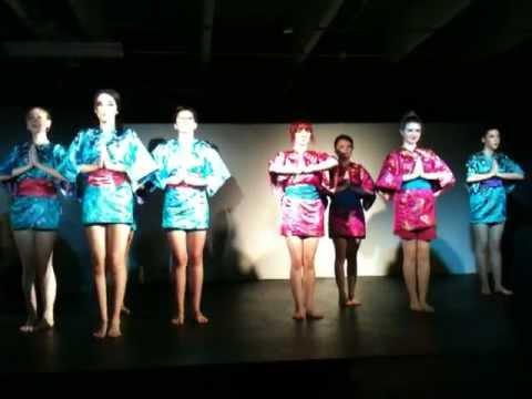 Geisha Dance - Pop Drop & Roll