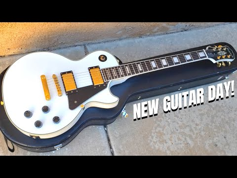 new-guitar-day!-playing-my-new-epiphone-les-paul-custom!