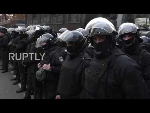 Ukraine: Police block off entrance to Kiev 'tent city' as anti-corruption demo continues