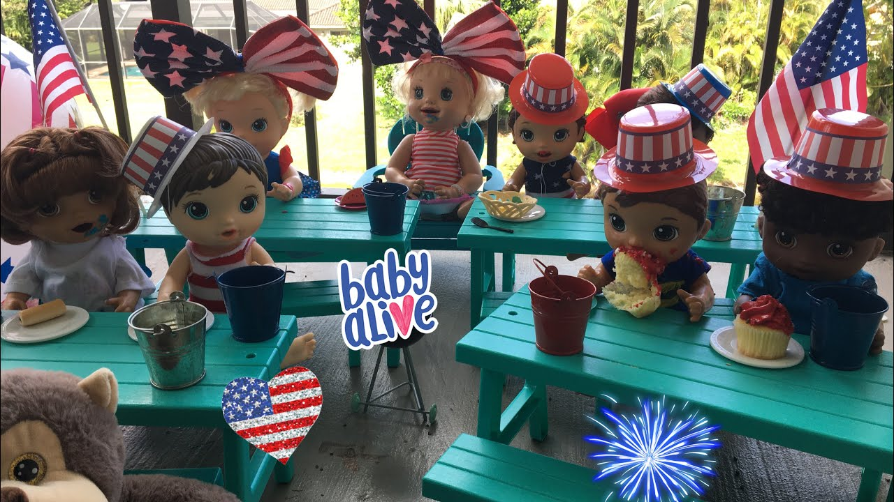 BABY ALIVE Lunch Routine 4th Of July