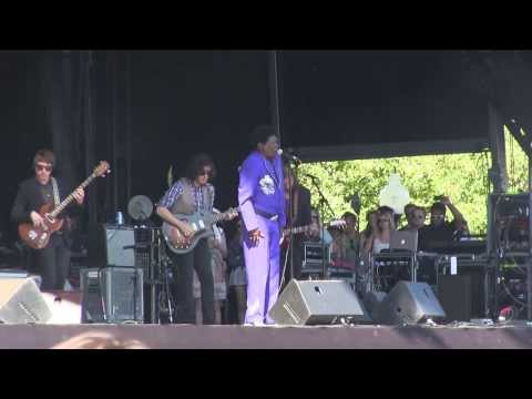 How Long Charles Bradley  @ Lollapalooza 2013