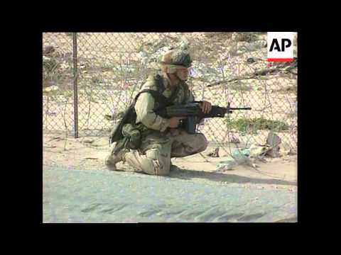 Somalia - American And Italian Troops Withdraw
