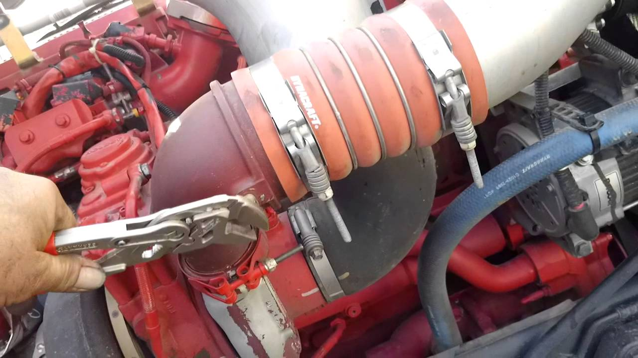 ISX CM2250 Turbocharger chuffing at idle 13 in hg boost  YouTube