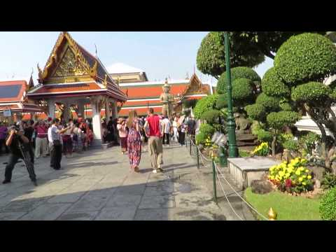 Grand Palace Bangkok Thailand - Travel Guide