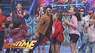 "It's Showtime: Ang Panday casts take the ""Taga Saan Ka?"" challenge"