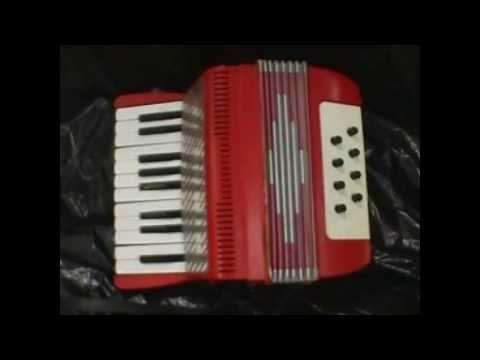 Aeroplane Jelly Song for Toy Accordion eight bass