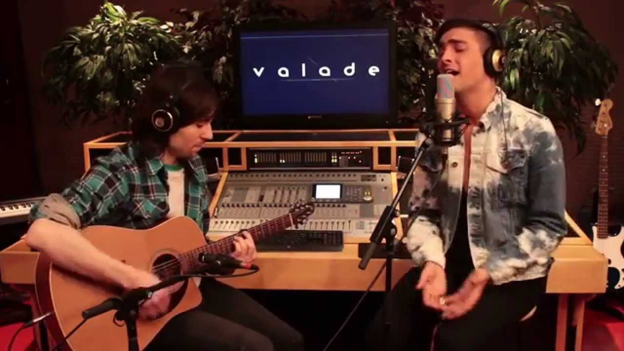 Sia - Chandelier (Acoustic cover by Valade) - YouTube