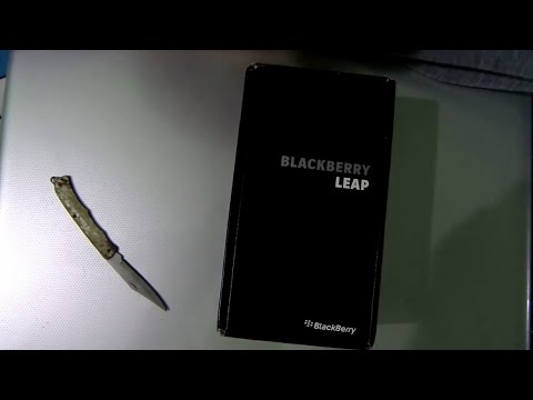 Blackberry Leap Unboxing and Review