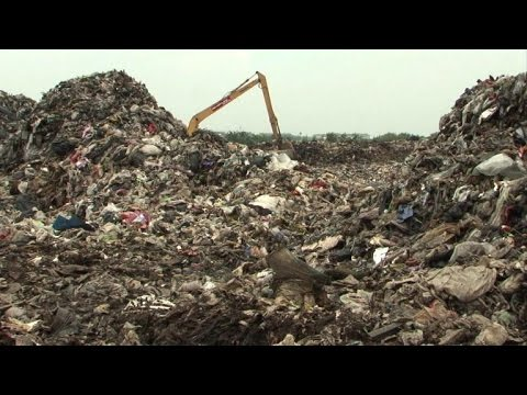 Thailand totters towards waste crisis