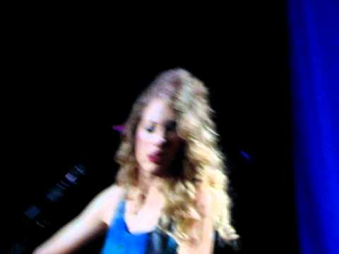 Intro of Fifteen Taylor Swift Melbourne Fearless Tour 11/2/2010