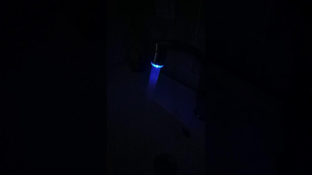 Gearbest.com Romantic RC - F901 Temp - sensitive Faucet Water Stream ...