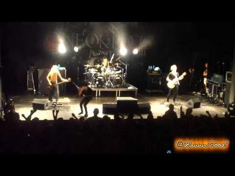 ONE OK ROCK - 23/10/2013 [Paris - Trianon]