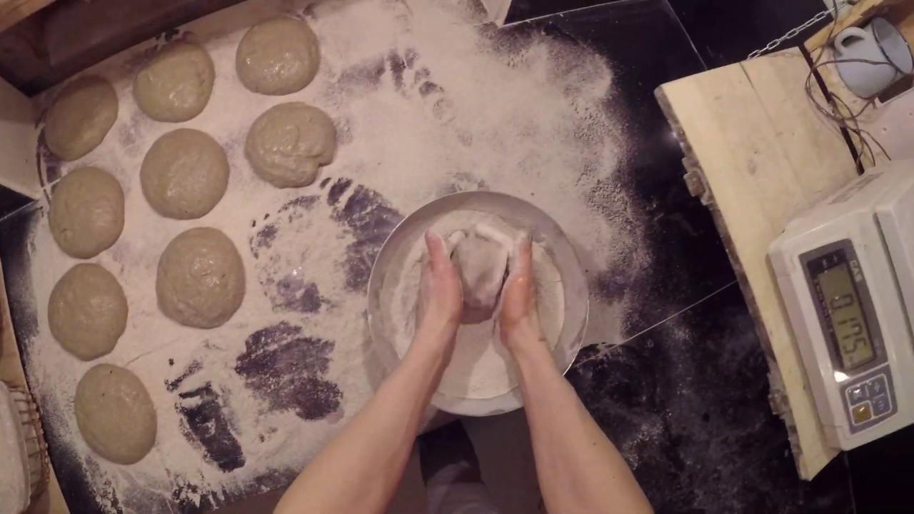 Работа с влажным (80%) ржаным тестом. Ржаной хлеб на закваске спонтанного брожения.