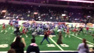 Texas Revolution football team does gagnam style at halftime