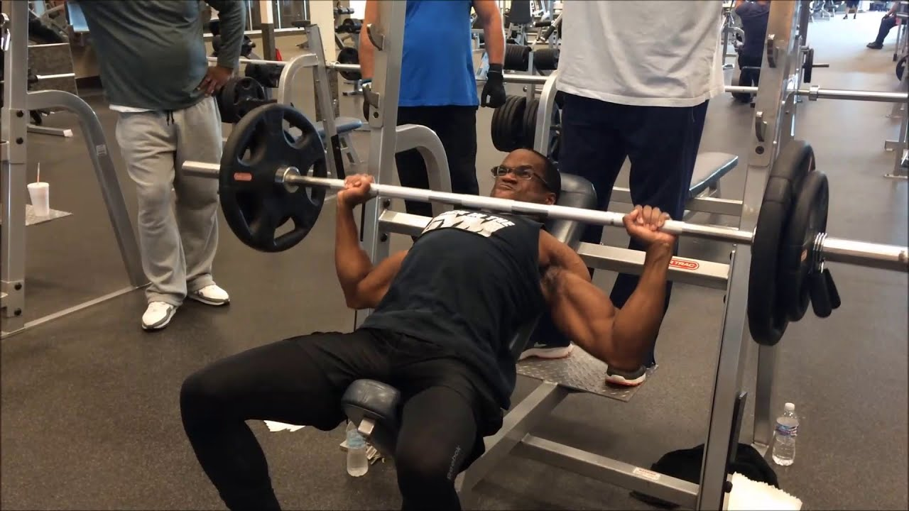 Heavy Incline Bench Press With The Crew - September 5, 2015 - YouTube