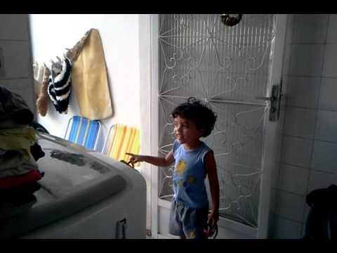 Joao e a piscina de 1000 litros youtube for Piscina 1000 litros