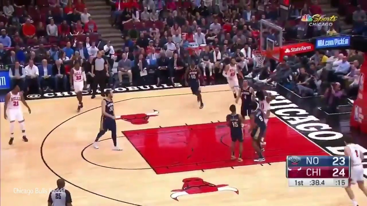 Coby White with the Derrick Rose type layup | Bulls vs Pelicans 10.09.2019
